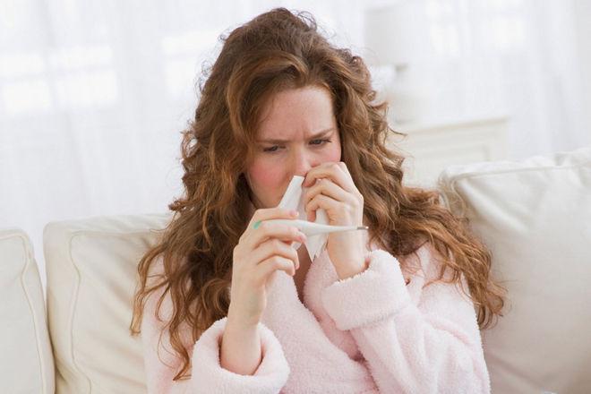 Как лечить горло и кашель при высокой температуре