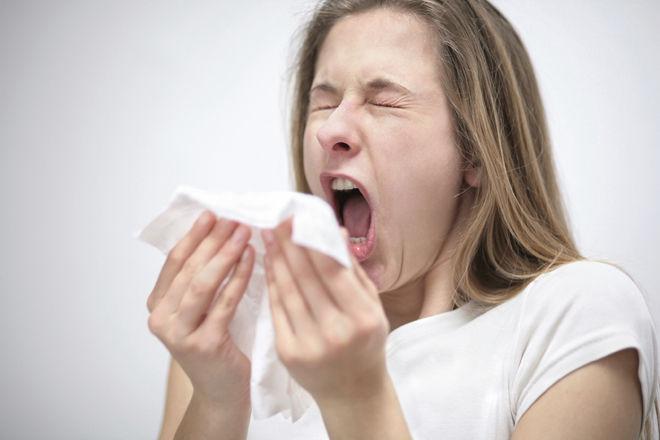 Чихание при беременности на ранних сроках