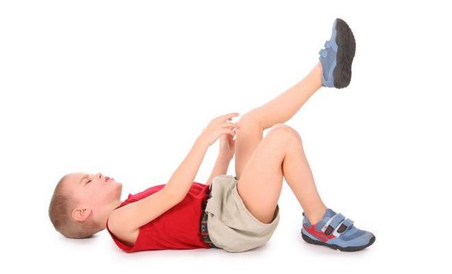 У ребенка болит нога