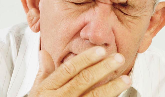 субатрофический насморк у мужчины