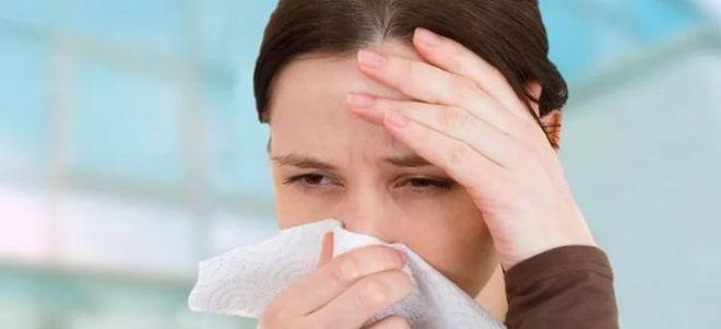 Течёт из носа как вода что делать как лечить