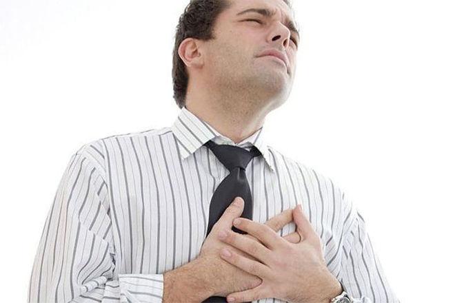 Ощущения боли в груди