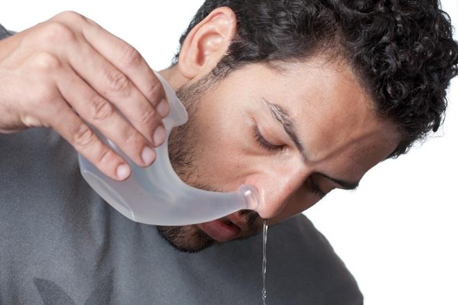 Эффективно промывать нос