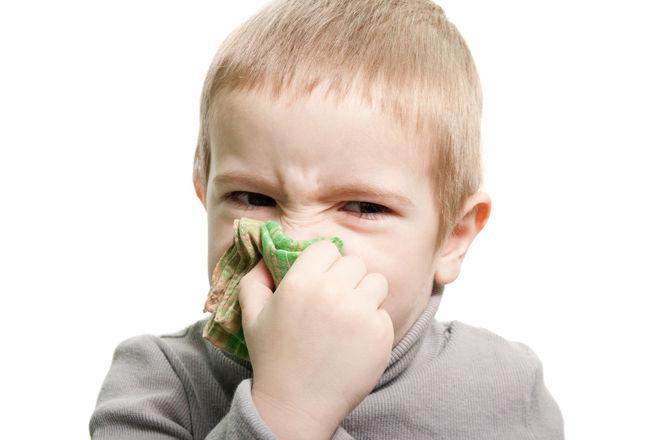 Как научить ребенка сморкаться Может ли ребенок сморкаться в год