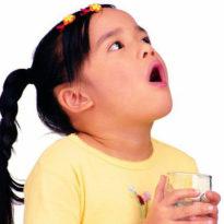 Учим ребенка полоскать горло