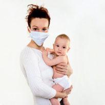 ОРВИ при грудном вскармливании: что делать молодой маме?