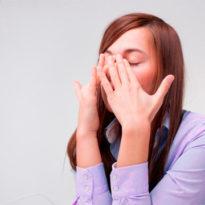 Что делать, если заложен нос, болит голова, а температуры нет?