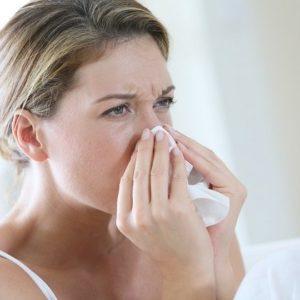 Катаральный ринит хронической и острой форм: симптомы и лечение
