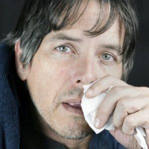 Из носа течет вода: как остановить текущие ручьём сопли