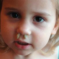 Белые сопли, осип голос у трехлетнего ребенка: что это может быть? Ирина, Калужская область