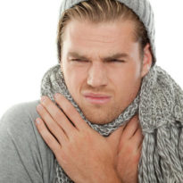 Болит горло по утрам потом проходит: причины боли каждое утро