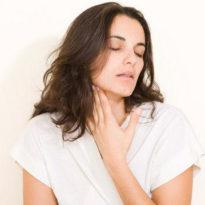 Как быстро вылечить горло у взрослого: чем лечить эффективно