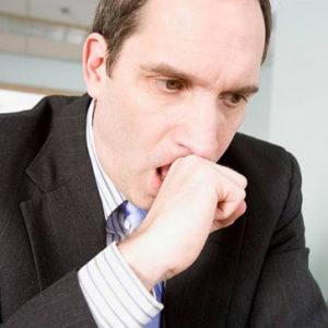 Сухой кашель не откашливается у взрослого: причины, лечение