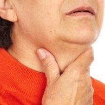 Болит горло и ухо: что делать и чем лечить, если трудно глотать