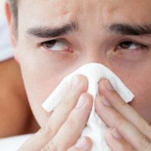 Хронический насморк: почему возникает и как вылечить?