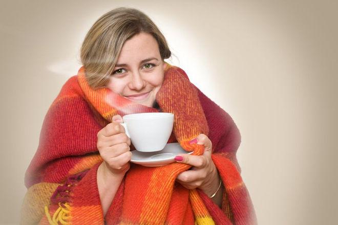Особенности лечения простуды без температуры: список препаратов и народных средств