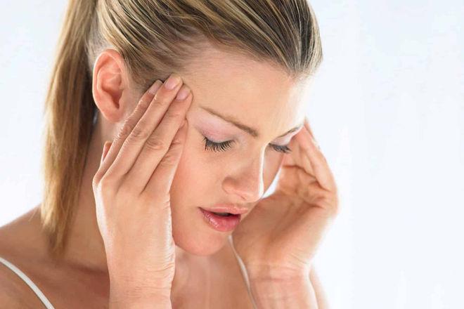Что делать, если болит голова при простуде, а температуры нет?